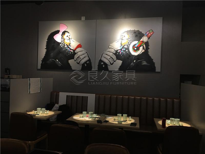 響丼丼餐厅家具